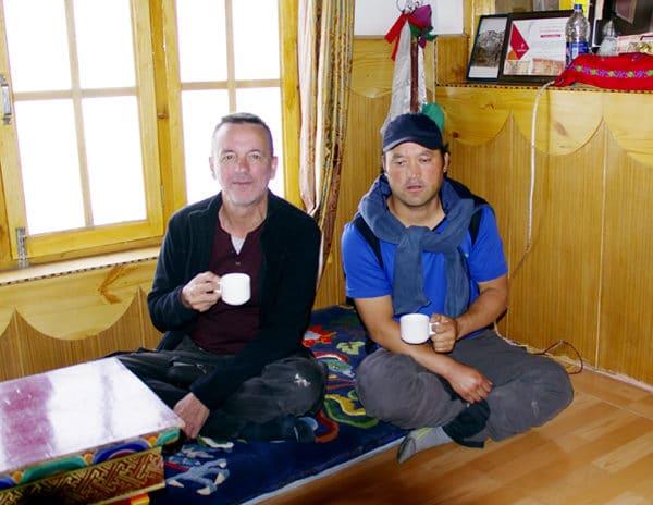 Thé au monastère de Diskit.