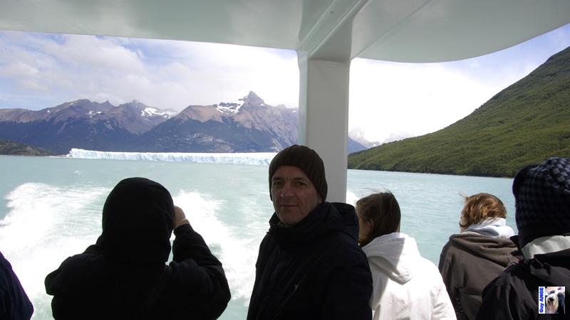 Le Perito Moreno, visite des glaciers en bateau.