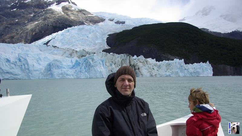 Le Spegazzini, visite des glaciers en bateau.