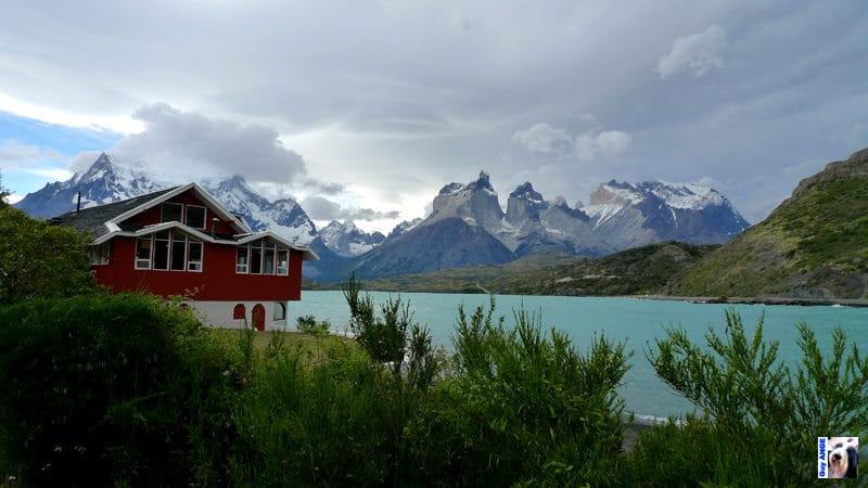 Las Torres del Paine, notre hôtel au bord du lac.