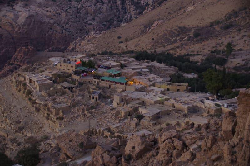 Jordanie, le village de Dana au coucher de soleil.