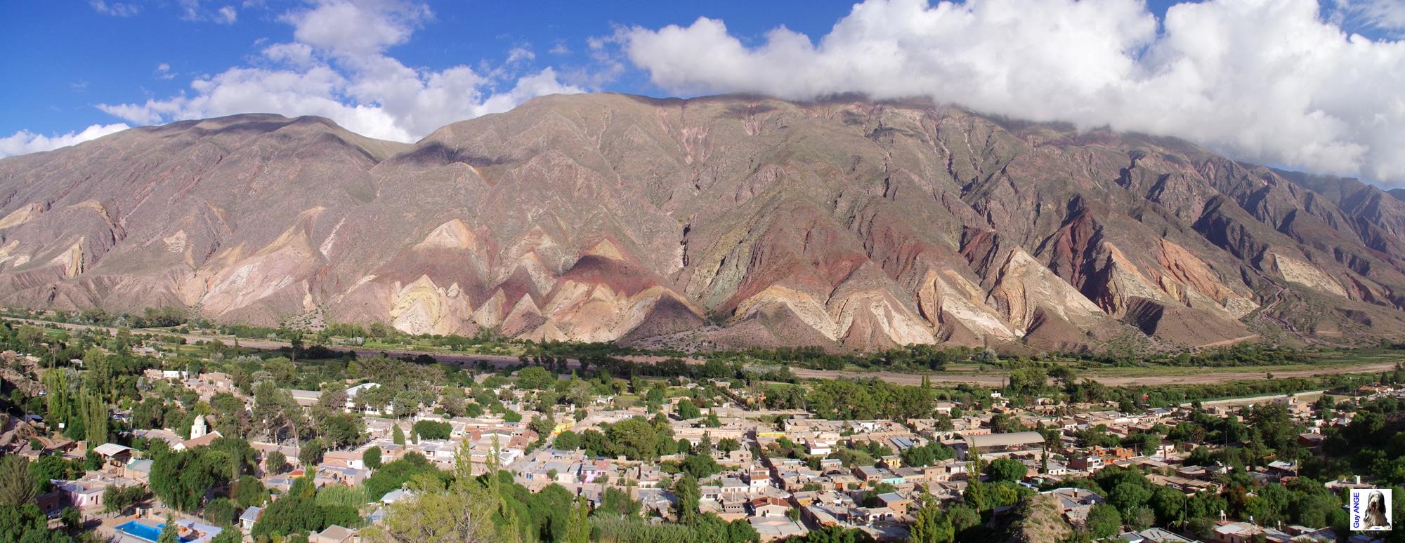 La Quebrada humahuaca.