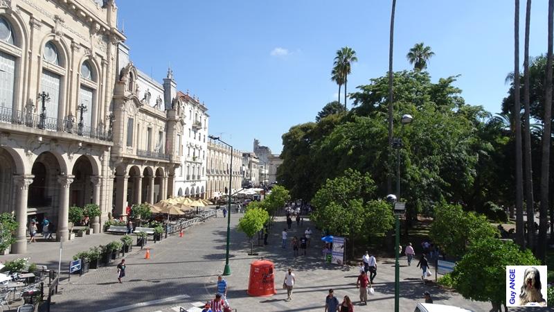 Salta, Place centrale.