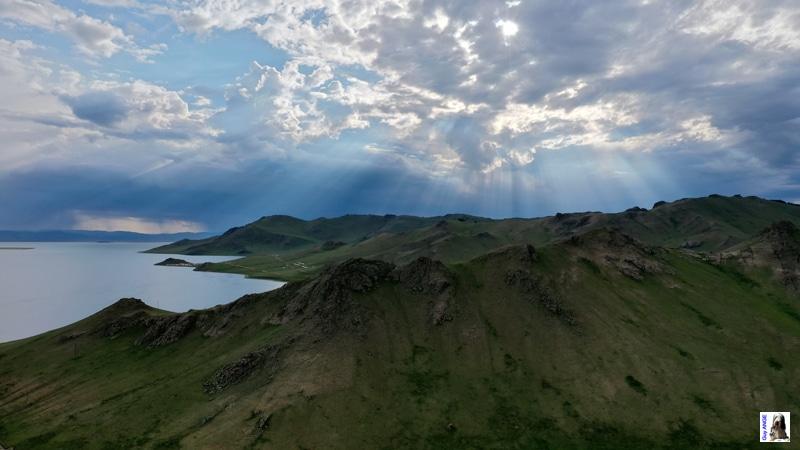 Vue aérienne vallée du lac Tsagan.