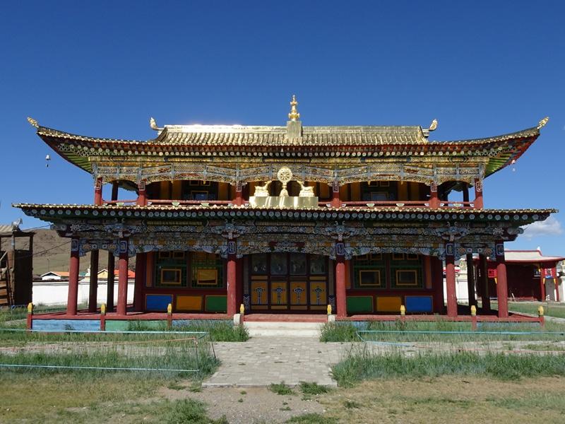 Rare bâtiment en place dans le monastère.