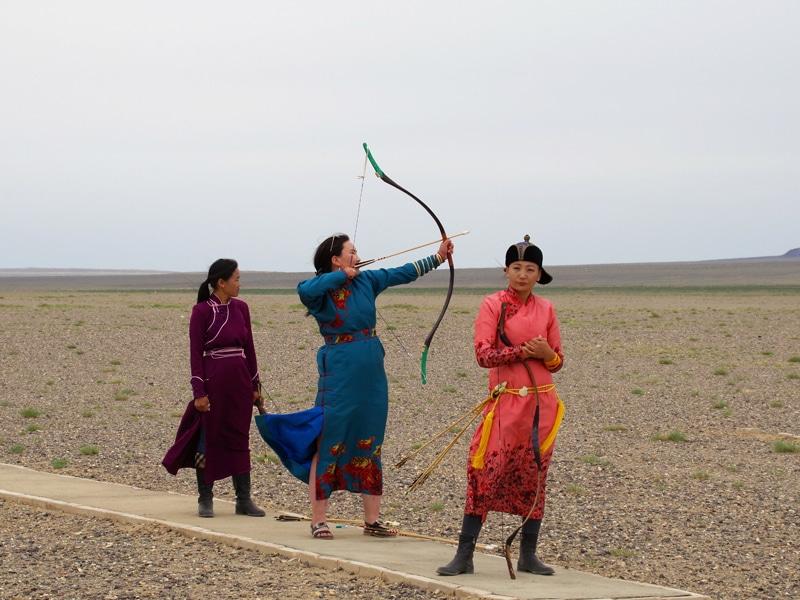 Fêtes du Naadam, épreuve du tir à l'arc.
