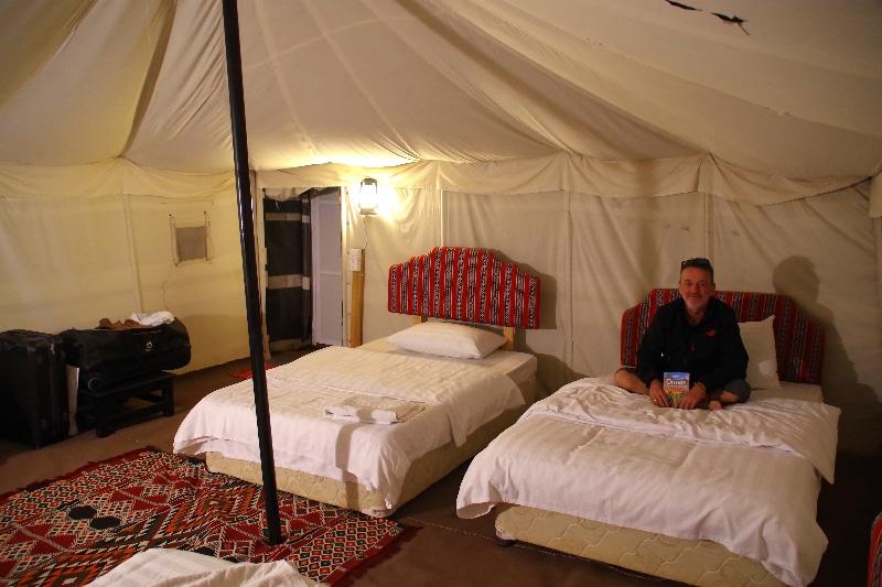 Arabian Oryx Camp, l'intérieur de notre tente très confortable.