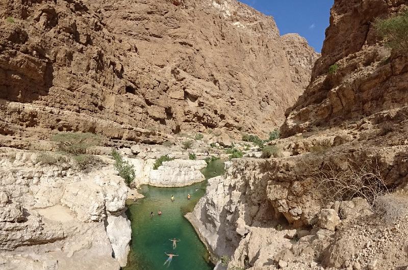 Le Wadi Shab et ses eaux turquoises.