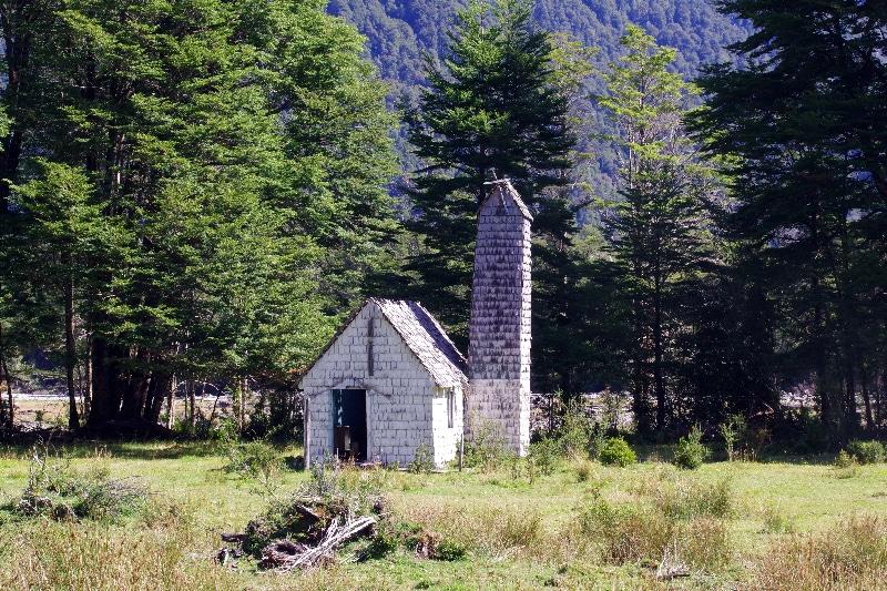 Une petite chapelle abandonnée.
