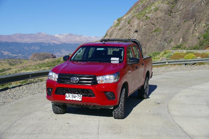 Notre véhicule de location, une Toyota Hilux diesel.