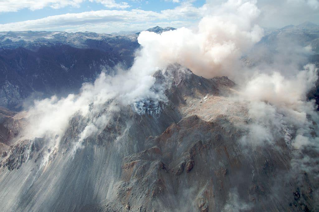 Vue aérienne du sommet du Chaitén le 23 janvier 2009. (Wikipédia - Sam Beebe)