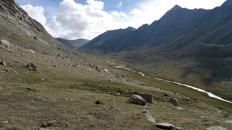 Après le col de Drölma-la, la vallée de la Lam-chu Khir par laquelle nous redescendons.