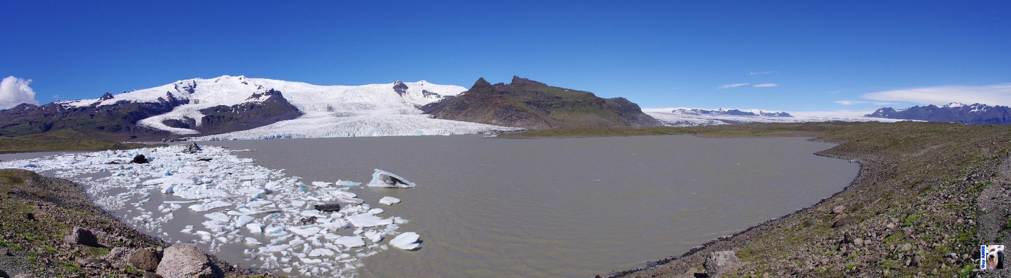 La langue glaciaire de Jökulsárlón issue du Vatnajökull.