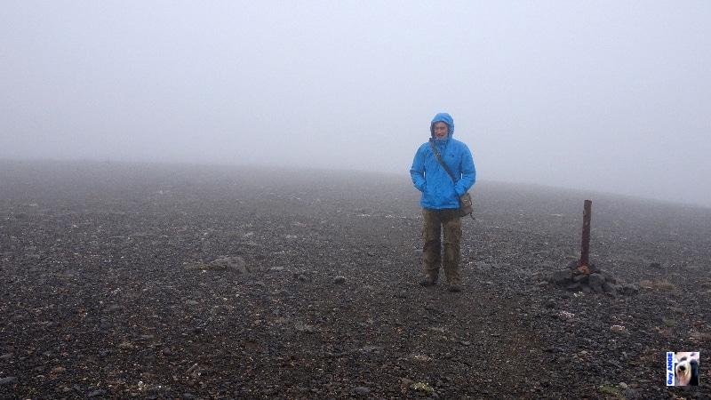 Chemin de retour vers le refuge, le brouillard est un peu dense !