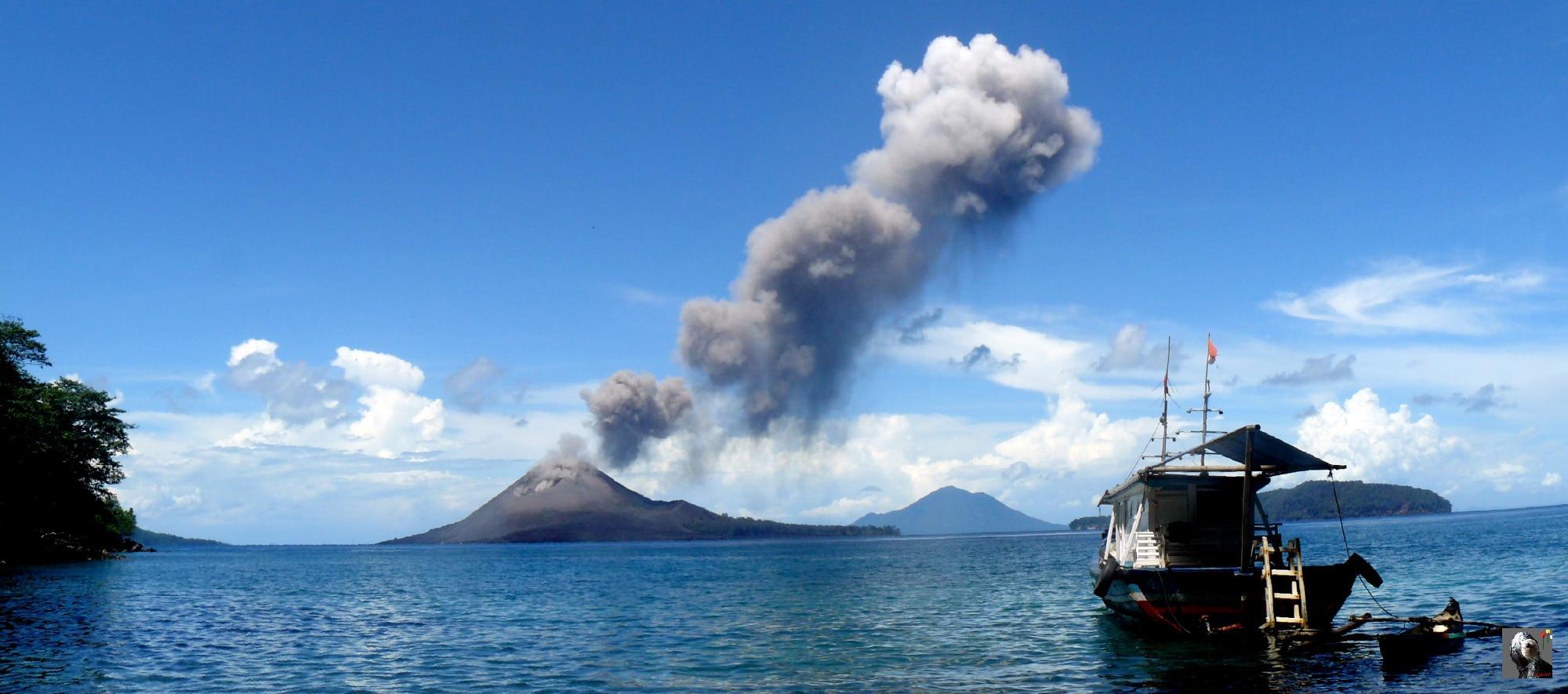 Indonésie, le Krakatau en 2008